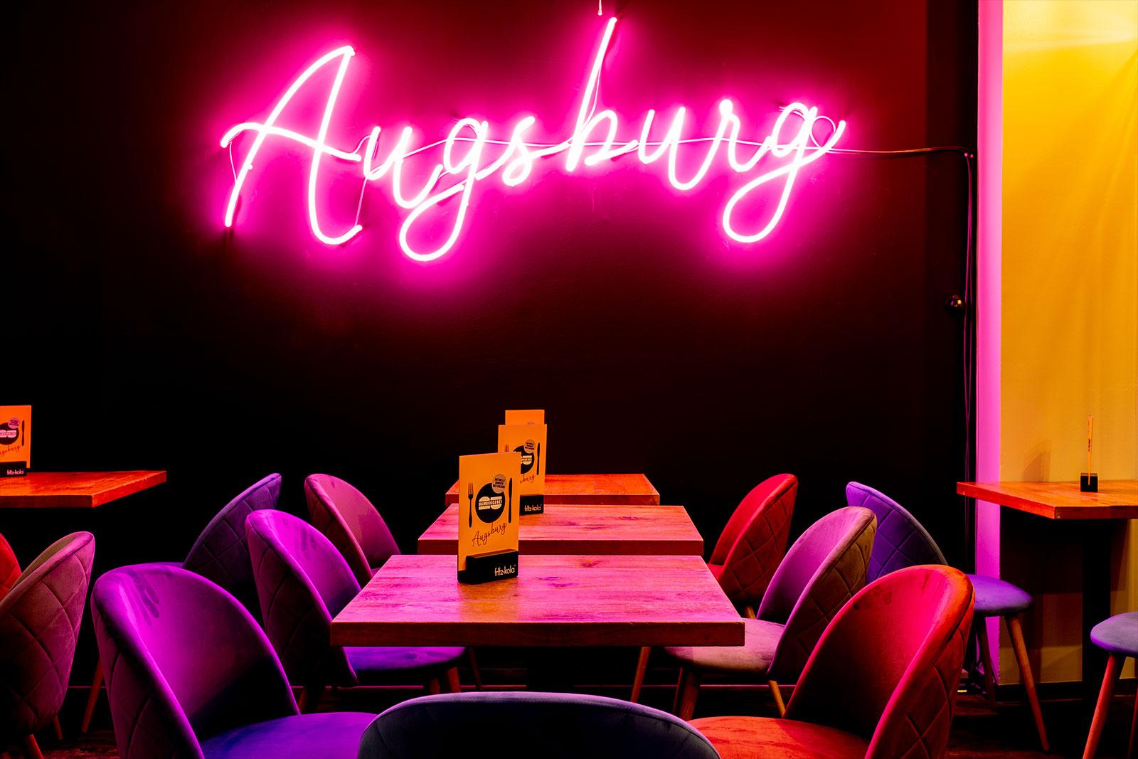 Hamburgerei Augsburg Tische